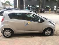 Cần bán gấp Chevrolet Spark LT năm 2016, màu bạc