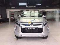 Cần bán Mitsubishi Triton 4x2 AT sản xuất 2019, màu bạc, nhập khẩu nguyên chiếc