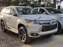 Cần bán Mitsubishi Pajero Sport năm 2019, màu trắng, xe nhập