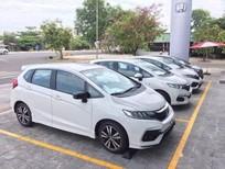 Cần bán xe Honda Jazz RS 2017, màu trắng, nhập khẩu