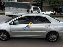 Cần bán gấp xe cũ Toyota Vios E sản xuất 2013, màu bạc