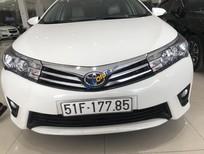 Cần bán Toyota Corolla altis sản xuất năm 2015, màu trắng