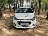Bán ô tô Chevrolet Spark năm sản xuất 2018, màu trắng xe gia đình