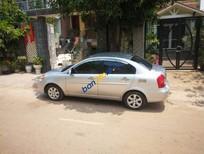 Bán Hyundai Accent MT năm sản xuất 2009, màu bạc, giá 210tr