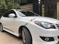 Bán Hyundai Avante 2.0AT năm 2011, màu trắng ít sử dụng