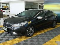 Cần bán lại xe Kia Cerato 1.6AT sản xuất 2017, màu đen