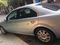 Cần bán gấp Ford Mondeo 2.5AT sản xuất năm 2005, màu bạc số tự động