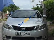 Cần bán lại xe Kia Forte sản xuất năm 2011, màu bạc