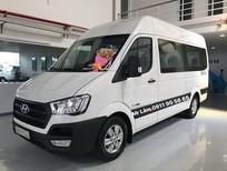 Hyundai Solati xe sẵn giao ngay khuyến mãi hấp dẫn