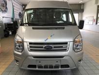 Bán Ford Transit SVP 2019, màu bạc giá cạnh tranh