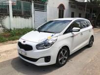 Cần bán Kia Rondo DAT năm sản xuất 2015, màu trắng xe gia đình, giá 555tr
