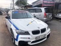 Cần bán BMW 3 Series 320i năm sản xuất 2009, màu trắng, nhập khẩu nguyên chiếc