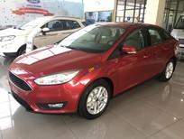 Cần bán xe Ford Focus năm sản xuất 2019, màu đỏ