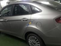 Bán xe Ford Fiesta đời 2013, màu ghi bạc, xe còn rất mới, đi rất ít mới chạy được 15.000 km