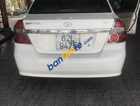 Cần bán gấp Daewoo Gentra năm sản xuất 2009, màu trắng