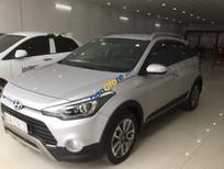 Bán Hyundai i20 Active 2015, màu bạc