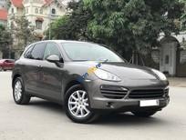 Bán lại xe Porsche Cayenne sản xuất 2011, màu nâu, nhập khẩu, số tự động