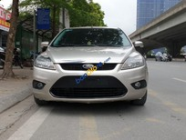 Bán Ford Focus 2.0AT sản xuất năm 2010, màu vàng chính chủ