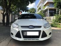 Bán Ford Focus sản xuất 2014, màu trắng số sàn!!