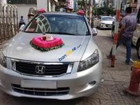 Bán xe Honda Accord Limited sản xuất năm 2010, màu bạc, nhập khẩu