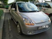 Cần bán xe Chevrolet Spark Van sản xuất năm 2014, màu bạc xe gia đình