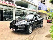 Cần bán xe Porsche Cayenne sản xuất 2011, màu đen, xe nhập