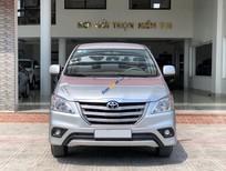 Bán xe Toyota Innova 2.0E sản xuất năm 2014, màu bạc số sàn