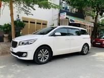 Bán xe Kia Sedona 3.3 full xăng 2016, màu trắng, odo 40000 km, xe gia đình ít đi