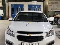 Bán xe Chevrolet Cruze LT 1.6MT sản xuất 2017, màu trắng