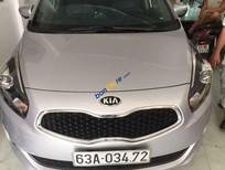 Cần bán xe Kia Rondo sản xuất 2015, màu bạc