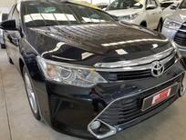 Cần bán Toyota Camry 2.5Q sản xuất 2016, màu đen giá cạnh tranh