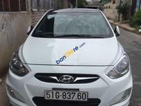 Xe Hyundai Accent sản xuất 2013, màu trắng, nhập khẩu nguyên chiếc xe gia đình