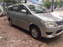 Bán xe Toyota Innova 2.0 MT sản xuất 2012, màu bạc, số sàn