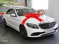 Bán xe Mercedes C200 model 2019 giảm tới 12% lệ phí trước bạ, tặng kèm gói phụ kiện hơn 20 triệu, xem ngay