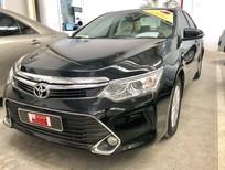 Bán ô tô Toyota Camry 2.0E năm sản xuất 2015, màu đen, 820 triệu