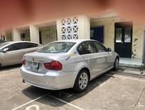 Cần bán lại xe BMW 3 Series 320i sản xuất 2010, màu bạc, nhập khẩu nguyên chiếc chính chủ