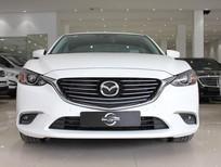 Cần bán Mazda 6 Premium 2018, màu trắng giá cực hot