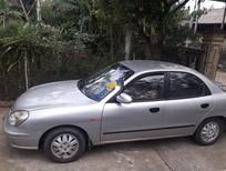 Cần bán lại xe Daewoo Nubira năm sản xuất 2002, màu bạc xe gia đình