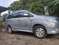 Cần bán xe Toyota Innova sản xuất năm 2010, màu bạc
