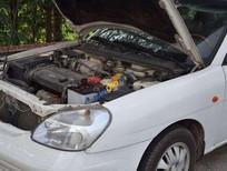 Xe Daewoo Nubira sản xuất 2004, màu trắng, giá chỉ 80 triệu