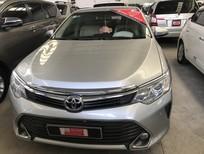 Bán Toyota Camry G sản xuất 2015, màu bạc số tự động, giá tốt
