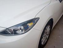 Cần bán xe Mazda 3 sản xuất 2016, màu trắng, 575tr