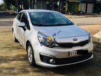 Cần bán gấp Kia Rio sản xuất 2016, màu bạc, xe nhập