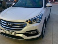 Cần bán xe Hyundai Santa Fe sản xuất năm 2016, màu trắng chính chủ