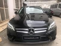 Bán xe Mercedes C200 cũ màu đen/ nội thất đen, model 2019 chạy siêu lướt 6.068 km, bảo hành chính hãng, giá rẻ