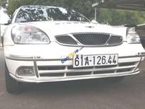 Cần bán gấp Daewoo Nubira sản xuất 2003, màu trắng, xe nhập