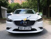 Cần bán xe Mazda 6 năm sản xuất 2017, màu trắng, giá 738tr