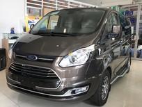 Cần bán xe Ford Tourneo sản xuất 2019, màu nâu