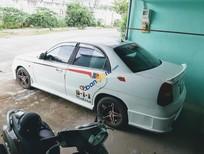 Xe Daewoo Nubira năm sản xuất 2000, màu trắng