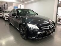 Bán xe Mercedes C200 cũ 2019 màu đen, đi 6000km, chính hãng, giá tốt nhất